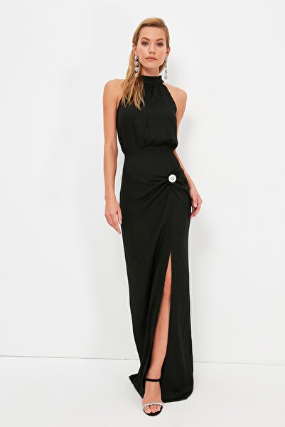 TRENDYOLMİLLA Siyah Taş Aksesuar Detaylı  Abiye & Mezuniyet Elbisesi TPRSS21AE0332