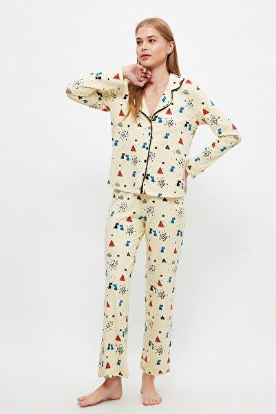 TRENDYOLMİLLA Baskılı Örme Pijama Takımı THMAW21PT0084
