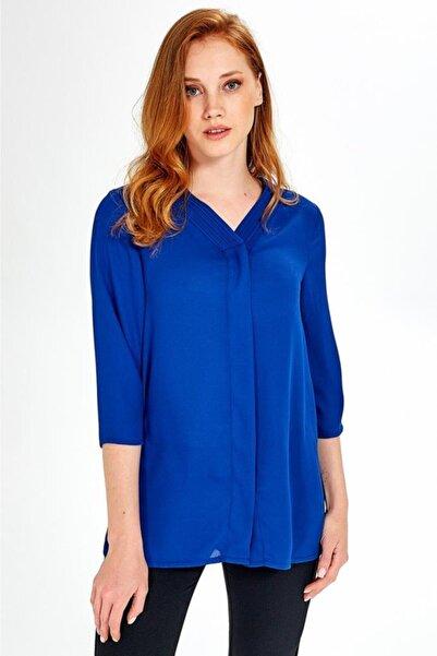 İKİLER Kadın Mavi Yakası Nervürlü Önü Patlı Düğmeli Bluz