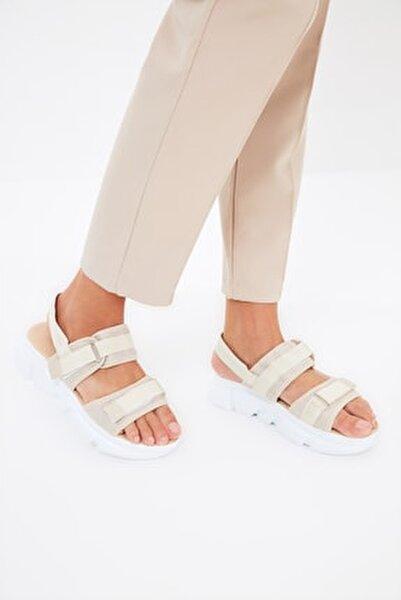 Bej Kadın Sandalet TAKSS21SD0024