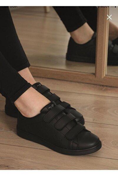 Venuma Siyah Cırtlı Kadın Ayakkabı