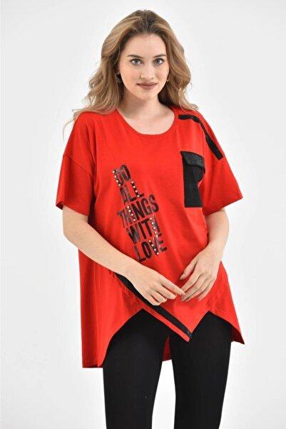 Modkofoni Yuvarlak Yaka Taşlı Baskılı Ve Şeritli Asimetrik Kesim Kırmızı Bluz