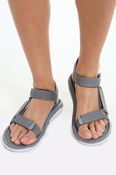 Beyond Fx Gri Erkek Cırtlı Trekking Sandalet
