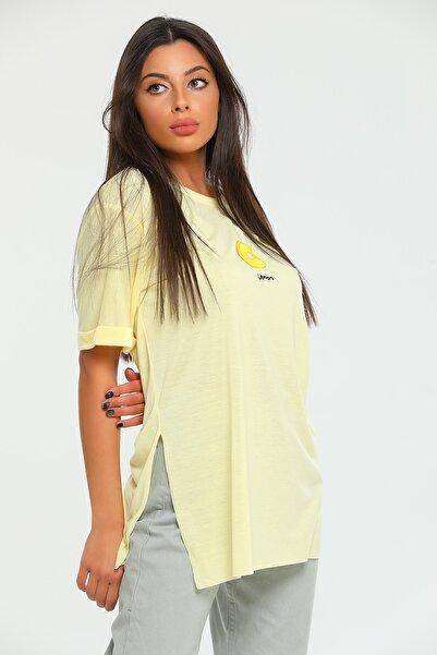 julude Bisiklet Yaka Duble Kol Yanları Yırtmaçlı Limon Nakışlı Kadın T-shirt