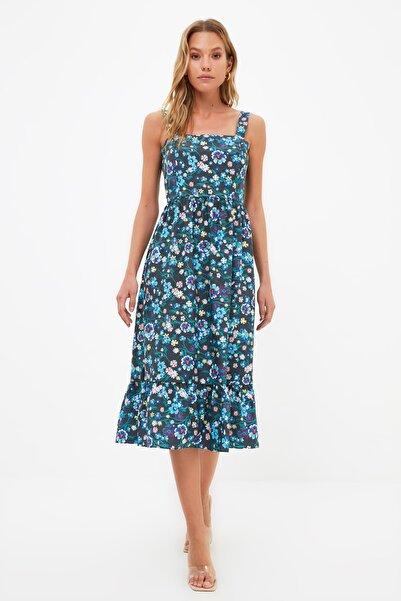 TRENDYOLMİLLA Lacivert Askılı Volanlı Çiçek Desenli Elbise TWOSS21EL1296