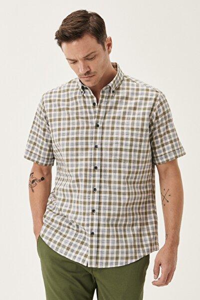 ALTINYILDIZ CLASSICS Erkek HAKI-BEJ Regular Fit Düğmeli Yaka Kısa Kollu %100 Koton Yazlık Gömlek