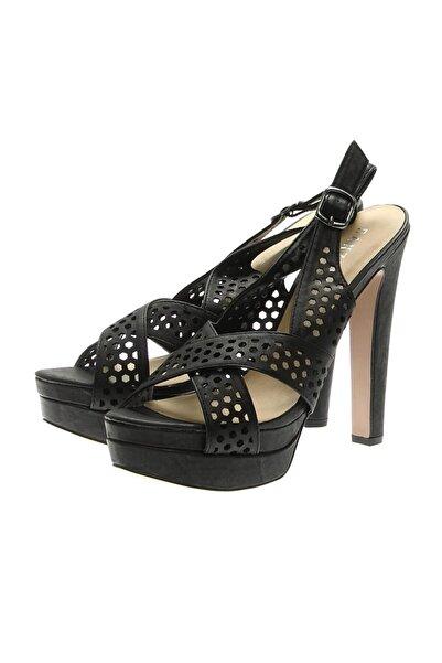 CANZONE Siyah Dolgu Topuklu Ayakkabı