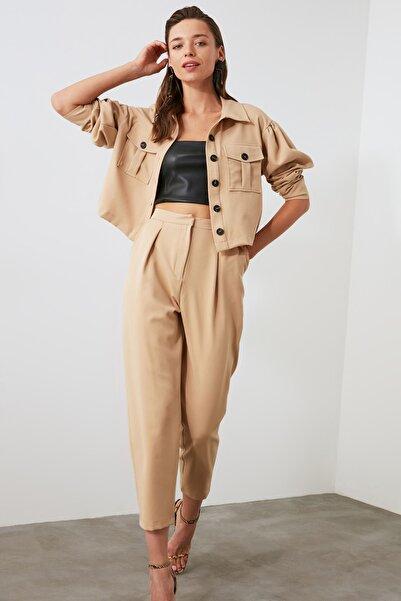TRENDYOLMİLLA Camel Pilili Pantolon TWOAW21PL0150