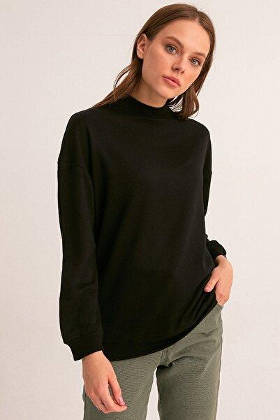 Fulla Moda Kadın Siyah Yarım Balıkçı Yaka Sweatshirt