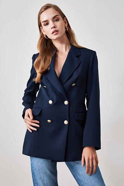 TRENDYOLMİLLA Lacivert Düğme Detaylı Blazer Ceket TWOSS20CE0024