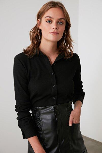 TRENDYOLMİLLA Siyah Basic Örme Gömlek TWOAW21GO0301