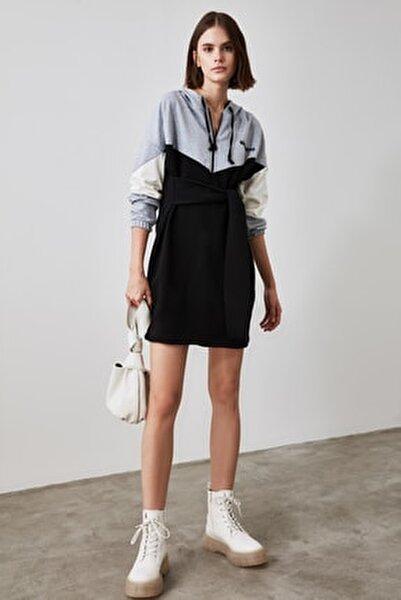 Siyah Bağlama Detaylı Örme Sweatshirt Elbise TWOAW21SW0540