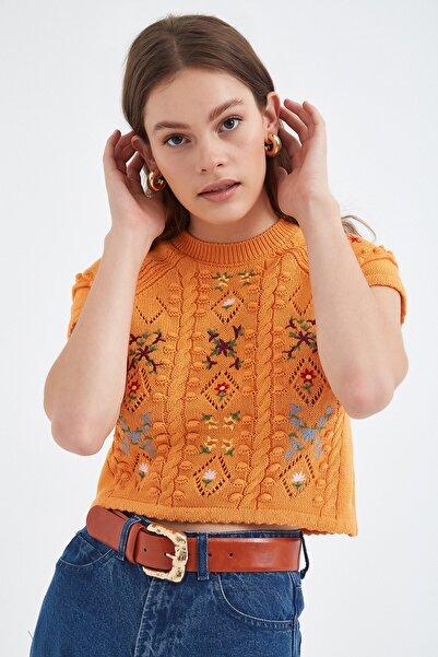 Nisan Triko Kadın Turuncu Nakış Detaylı Triko Bluz