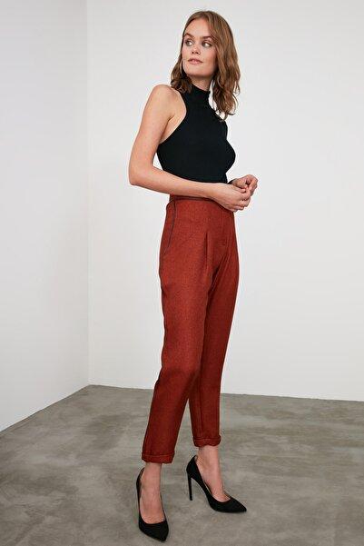 TRENDYOLMİLLA Kiremit Yanı Şeritli Pantolon TWOAW21PL0325