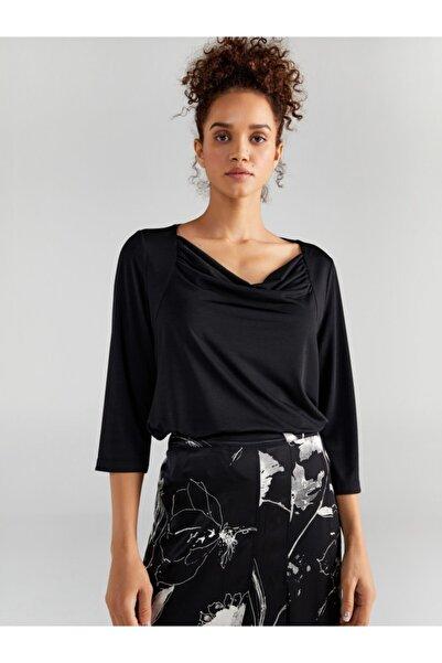 Faik Sönmez Kadın Siyah Degaje Yaka T-shirt