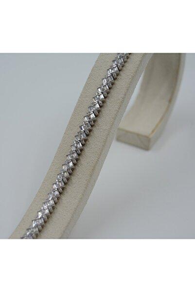 Swarovski Kadın Beyaz Zirkon Taşlı Kare Desenli 925 Ayar Gümüş Bileklik