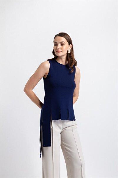rue. Kadın Lacivert Etek Ucu Parça Şeritli Trıko Bluz