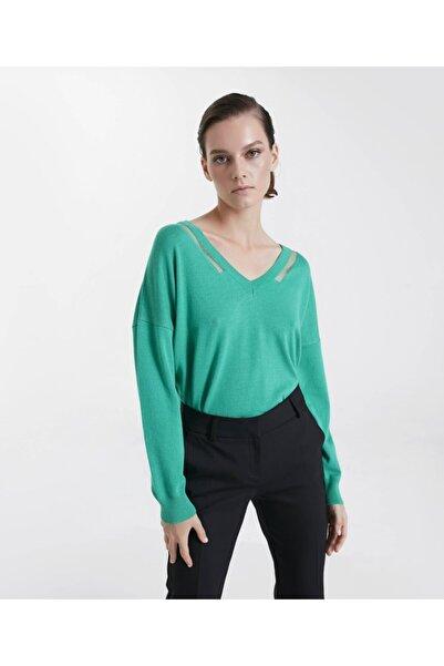 İpekyol Kadın Yeşil Transparan Yaka Şeritli Triko
