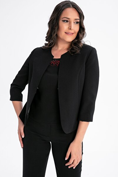 By Saygı Kadın Siyah Çıtçıtlı Astarlı Büyük Beden Ceket S-20Y0910025