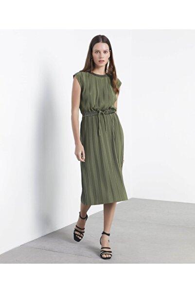İpekyol Kadın Haki Piliseli Elbise