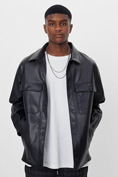 Bershka Erkek Siyah Suni Deri İnce Ceket