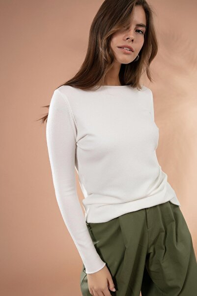 Y-London Kadın Beyaz Yırtmaçlı Basic İnce Triko Kazak Y20W117-20225