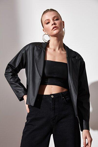 TRENDYOLMİLLA Siyah Suni Deri Blazer Ceket TWOAW21CE0262