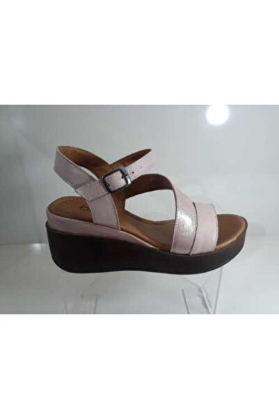Bella Kadın  Pembe Deri Sandalet