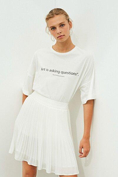 İpekyol Kadın Beyaz Slogan Baskılı Tişört
