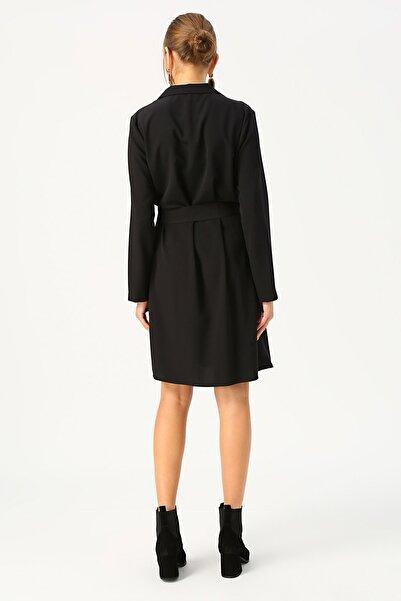 Fabrika V Yaka Düğmeli Elbise