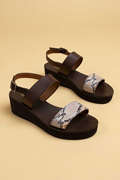 Deery Kadın Bej Hakiki Deri Sandalet