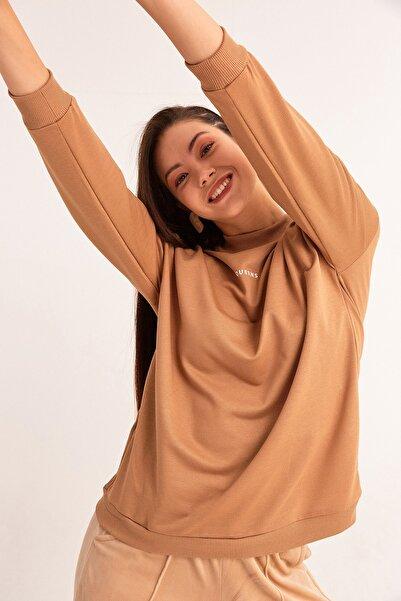 Fulla Moda Kadın Camel Yarım Balıkçı Sweatshirt