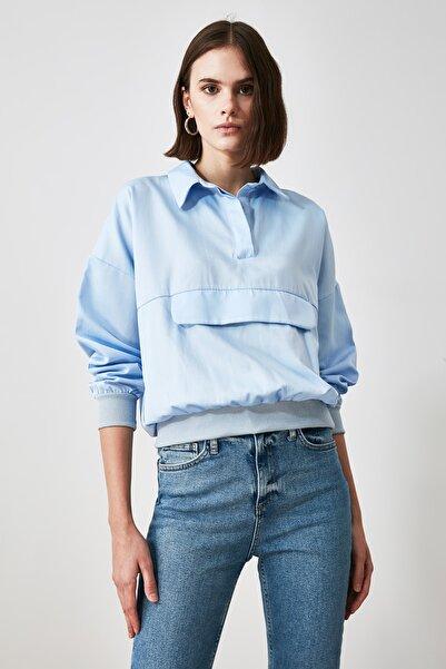 TRENDYOLMİLLA Mavi Cep Detaylı Bluz TWOAW21BZ0204