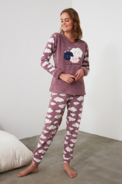 TRENDYOLMİLLA Mor Nakışlı Wellsoft  Pijama Takımı THMAW21PT0649