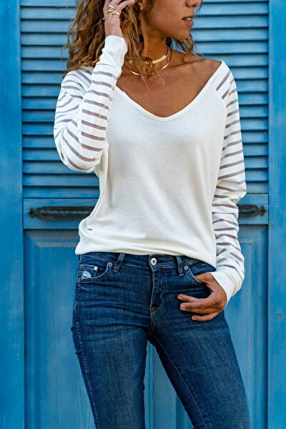 Güneşkızı Kadın Ekru Kolu Tül Detaylı Bluz GK-CCKSAN105
