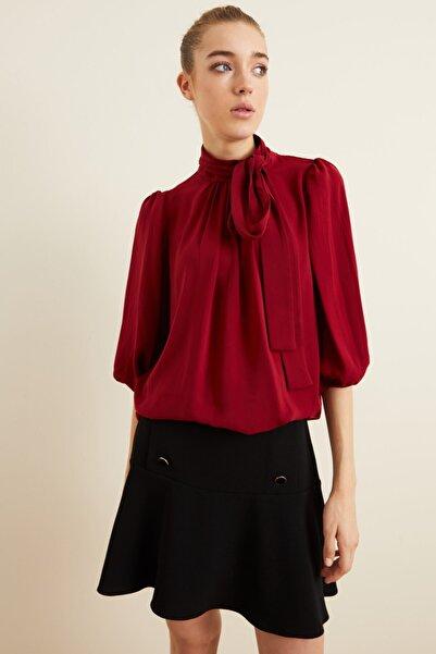 adL Kadın Bordo Yakası Büzgülü Fularlı Bluz