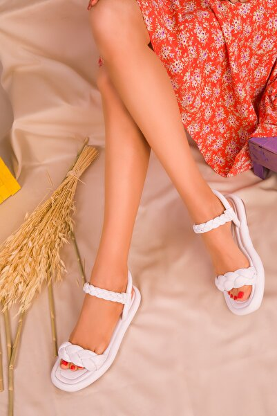 SOHO Beyaz Kadın Sandalet 16383