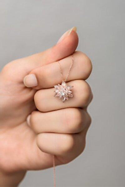 925 Ayar Gümüş 4 Katman Beyaz Lotus Çiçeği Kolye