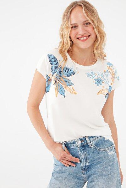 Mavi Kadın Kelebek Baskılı Beyaz Tişört 1601008-34519