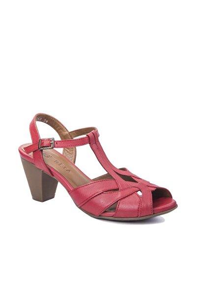 Beta Kadın Hakiki Deri Kırmızı Topuklu Sandalet