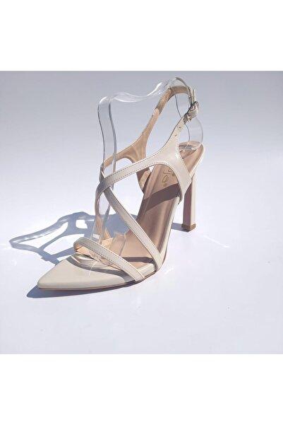 Guja İnce Topuk Günlük Kadın Sandalet