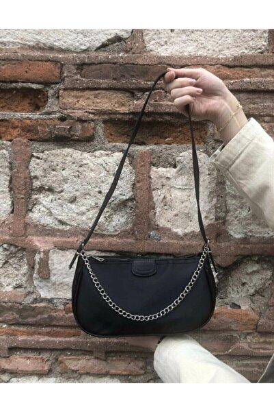 çantamsende Kadın Siyah Ince Zincirli Baget Çanta