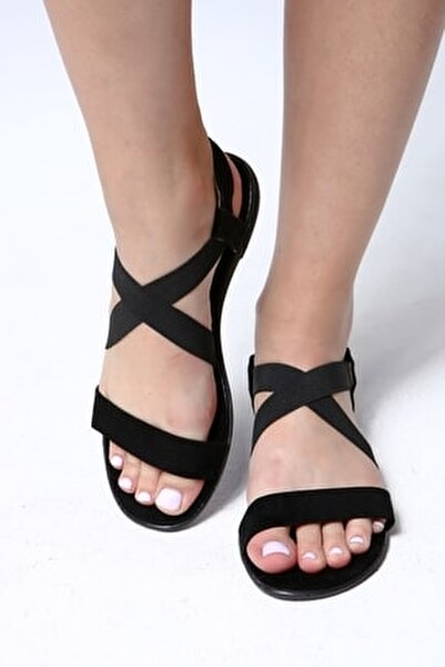 Kadın Siyah Lastikli Sandalet