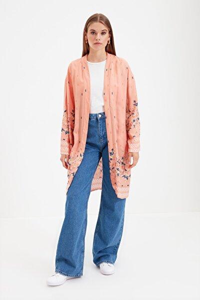 Trendyol Modest Pembe çiçekli Tesettür Kimono & Kaftan TCTSS21KK0006