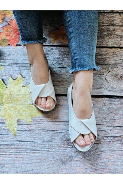 GÖKKUŞAĞI AYAKKABI Kadın Beyaz Hakiki Deri Günlük Sandalet