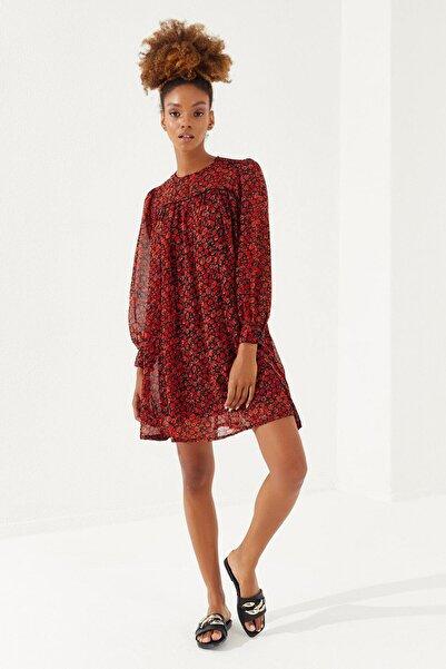 Reyon Kadın Nar Çiçeği Çiçek Desenli Şifon Elbise