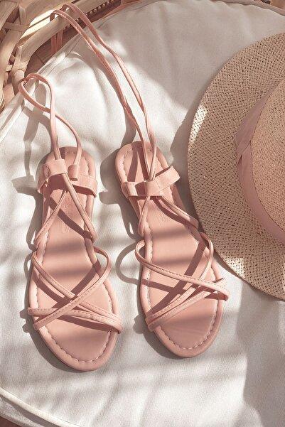 I Love Shoes Devinsa Mat Deri Bilekten Bağlama Detaylı Sandalet Pudra