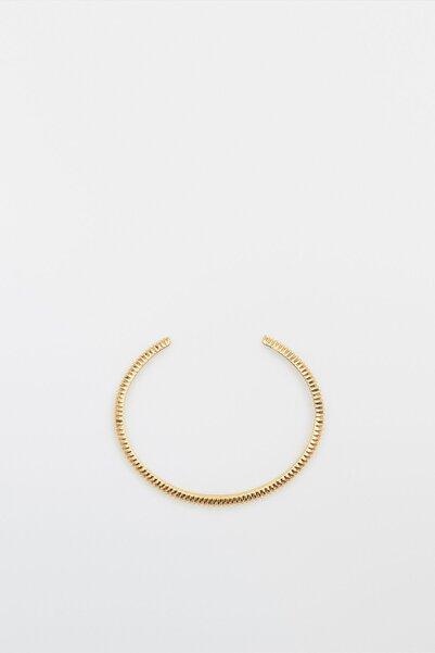 Massimo Dutti Kadın Altın Kaplama Dokulu Sert Bilezik 04603831