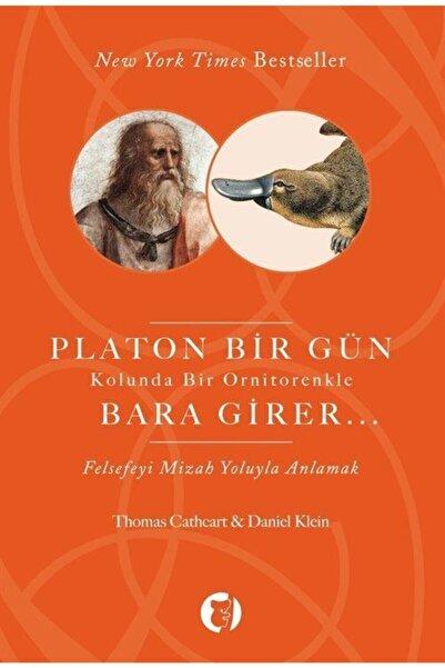 Aylak Kitap Platon Bir Gün Kolunda Bir Ornitorenkle Bara Girer  Felsefeyi Mizah Yoluyla Anlamak