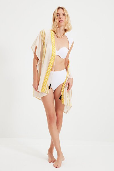 TRENDYOLMİLLA Ekru Bağlama Detaylı Rustik Kimono&Kaftan TBESS21KM0036